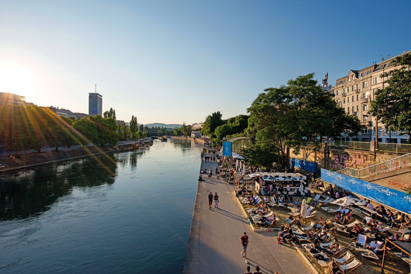 © WienTourismus - Christian Stemper_Adria Wien at the Danube Canal